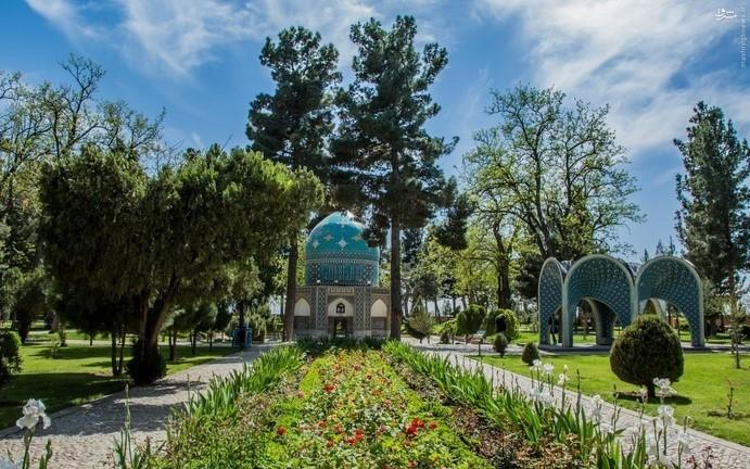 Mausoleum of Attar Neyshaburi (4).jpg