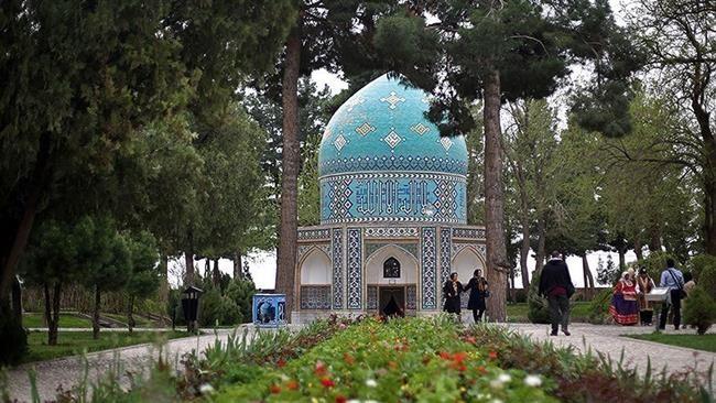Mausoleum of Attar Neyshaburi (8).jpg