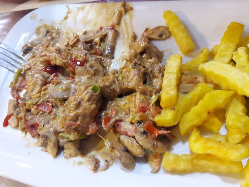Golden Fork Restaurant (7).jpg