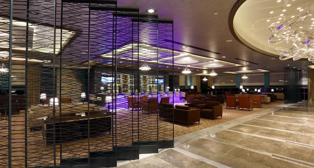 Steigenberger Airport Hotel Istanbul-02.jpg