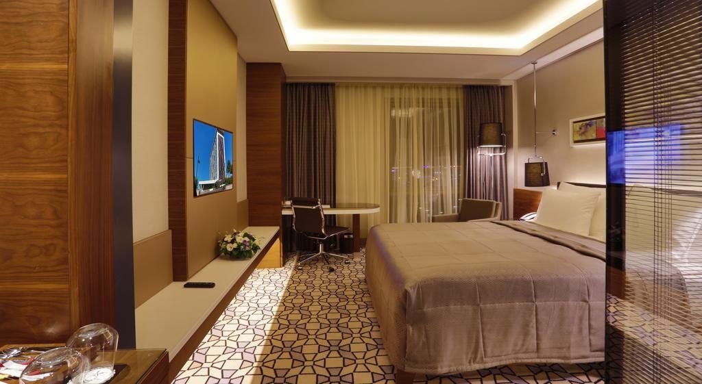 Steigenberger Airport Hotel Istanbul-01.jpg