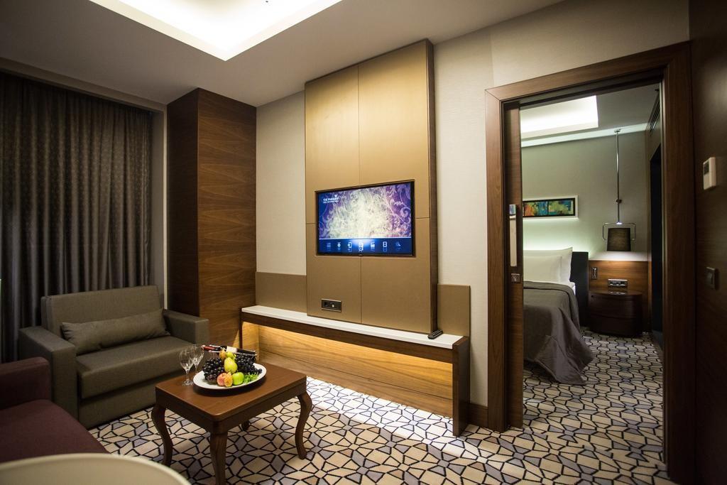 Steigenberger Airport Hotel Istanbul-37.jpg