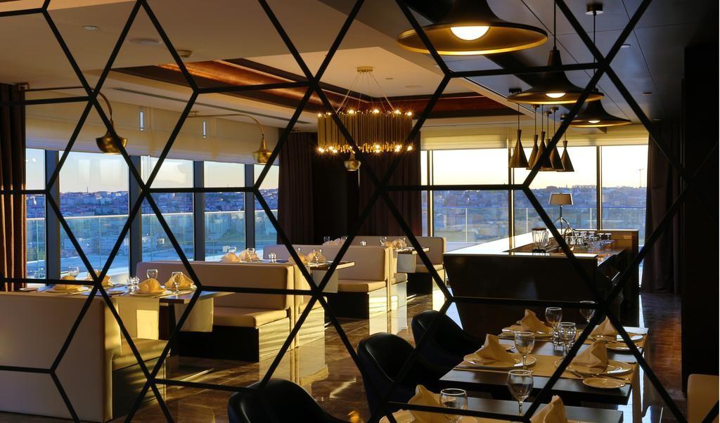 Steigenberger Airport Hotel Istanbul-04.jpg