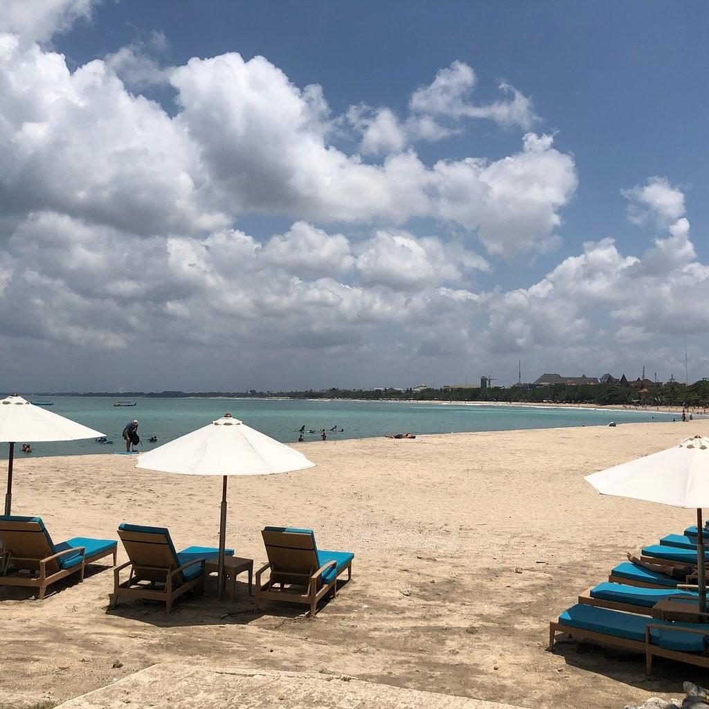 Kuta Beach Bali-02.jpg