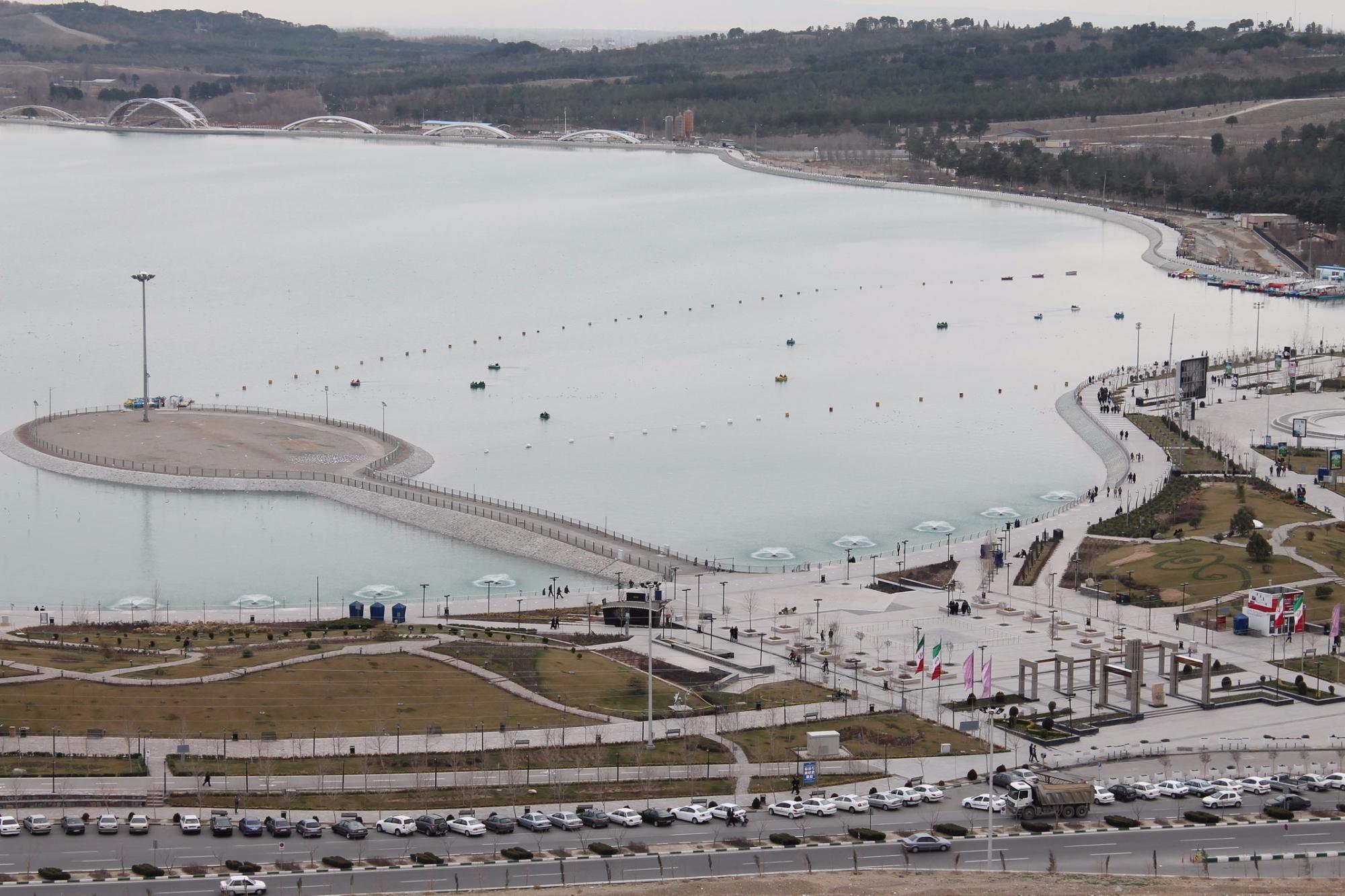 Khalij Fars Lake (7).jpg
