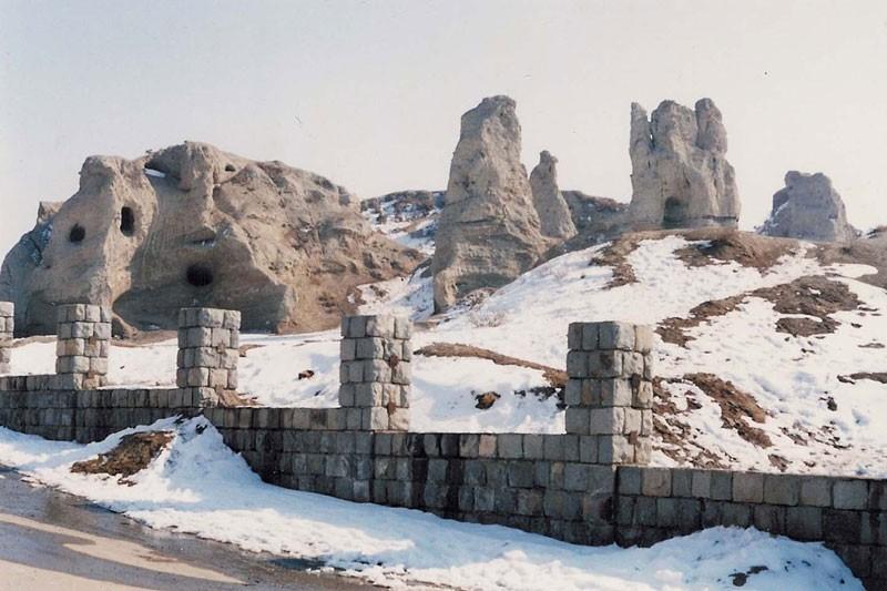 Marand Historical Castel-03.jpg