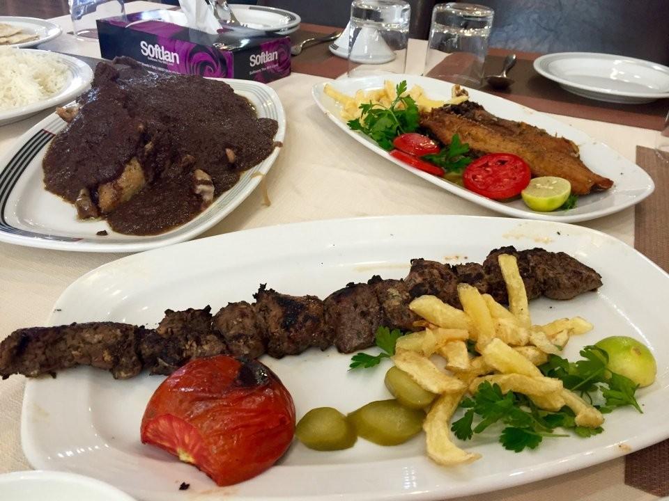 Mizban Restaurant (8).jpg