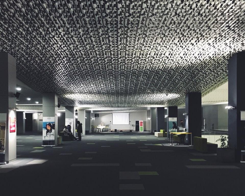 Charsou Cineplex (3).jpg