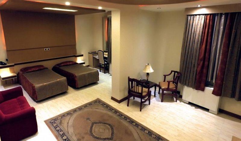 Badeleh Hotel-01.jpg