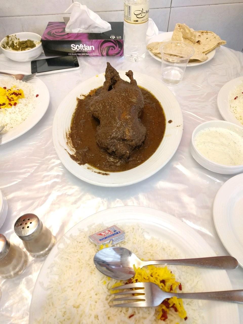 Mizban Restaurant (2).jpg
