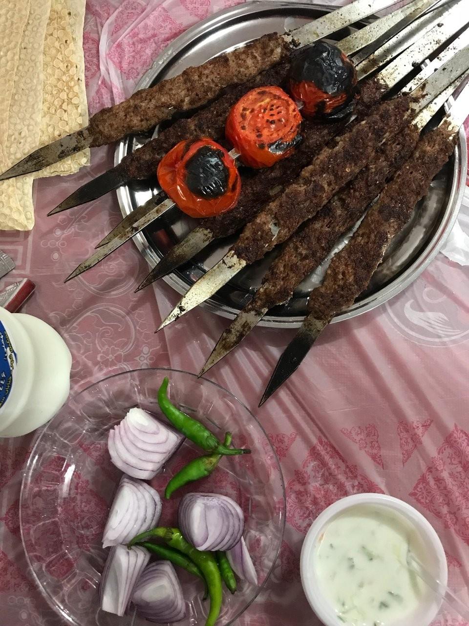 رستوران حسین زاده