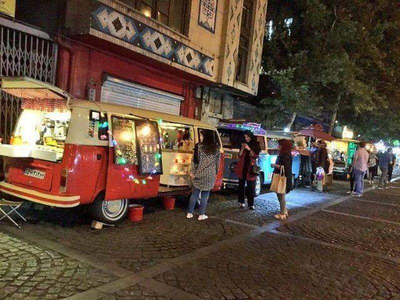 غذاهای خیابانی خیابان سی تیر