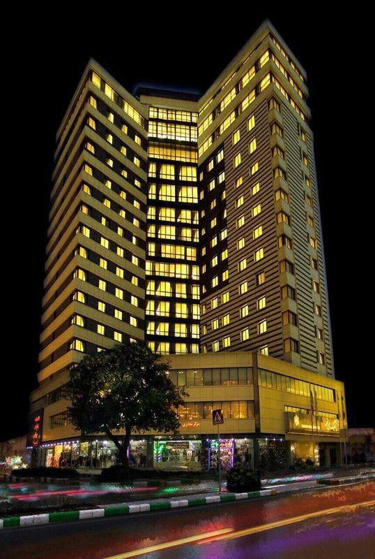 هتل بزرگ سی نور