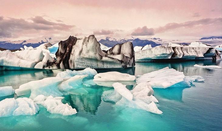 چرا ایسلندی ها یخ وارد می کنند؟