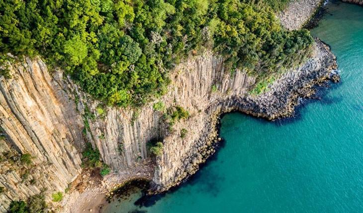 جذب گردشگر با ستونهای بازالتی ۸۰ میلیون ساله در ترکیه