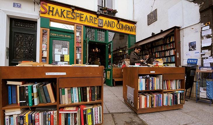 کتابفروشی شگفتانگیز شکسپیر در پاریس