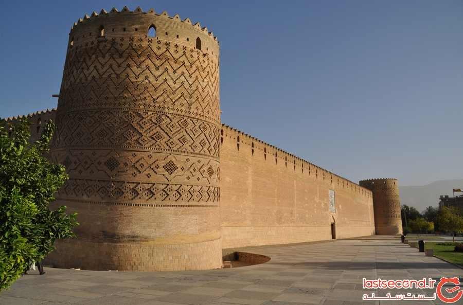 Arquitectura islámica- Una vista de Arg-é Karim Khan (Ciudadela de Karim Jan Zand) – Shiraz – Irán, construida en 1766 y 1767 durante la dinastía Zand 6.jpg