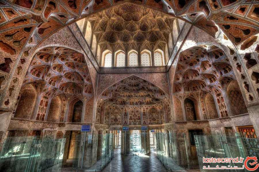 45603Supreme-Mansion-of-Qapu-Isfahan1.alale.co.jpg