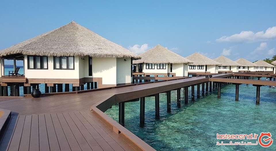 water villa.jpg