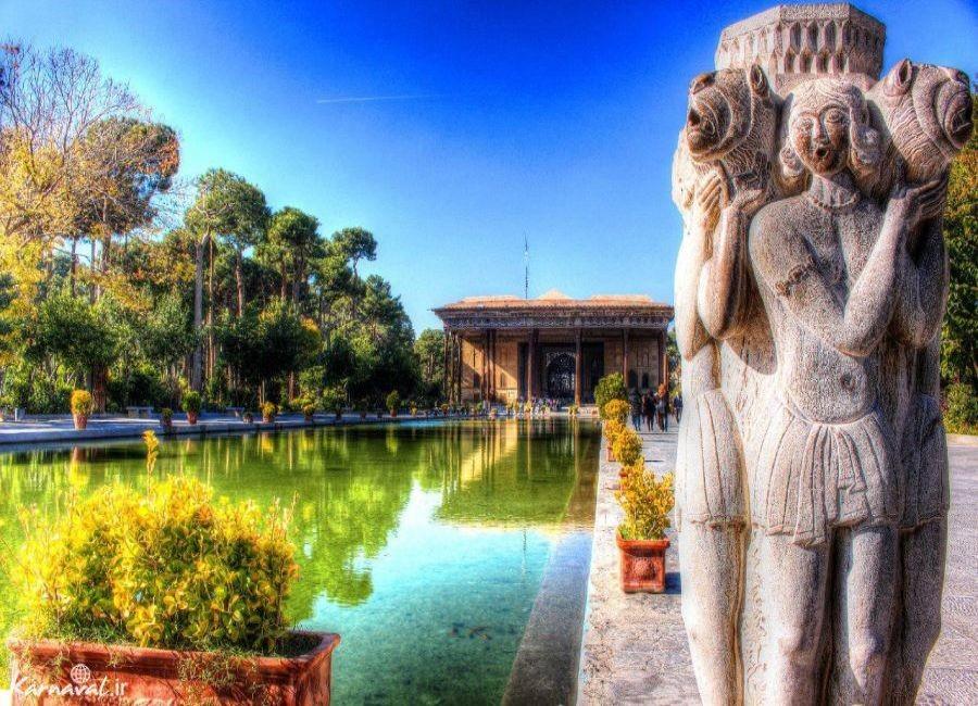 Chehel Sotoun Palace (8).jpg
