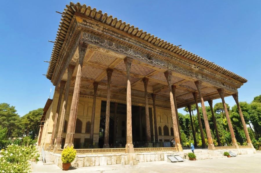 Chehel Sotoun Palace (2).jpg