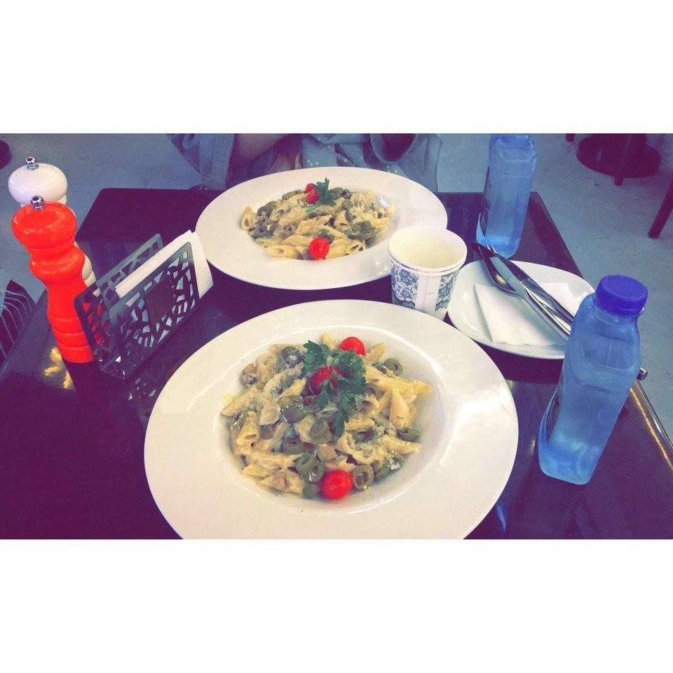Cafe Viuna  (6).jpg