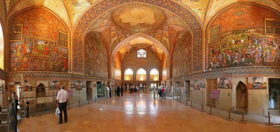 Chehel Sotoun Palace (4).jpg