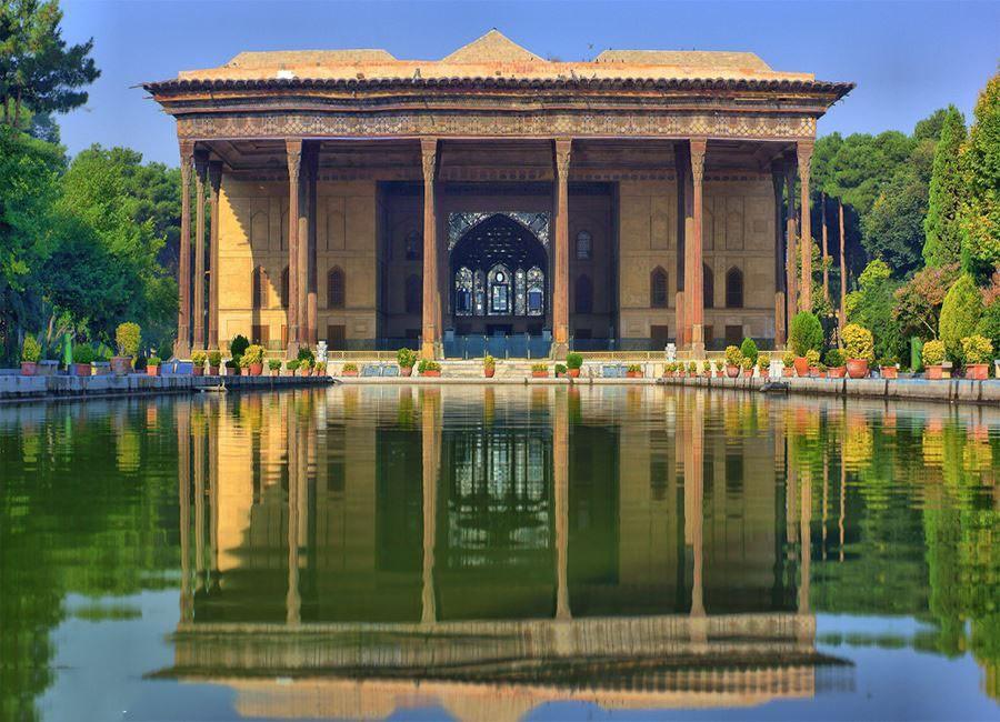 Chehel Sotoun Palace (7).jpg