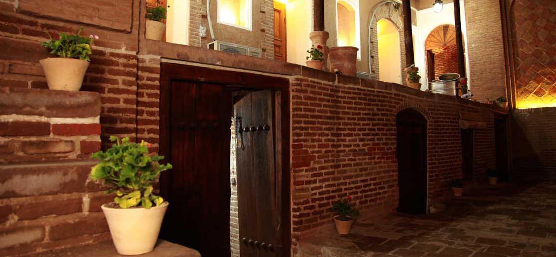 Behrouzi-Hotel-Slide-5.jpg