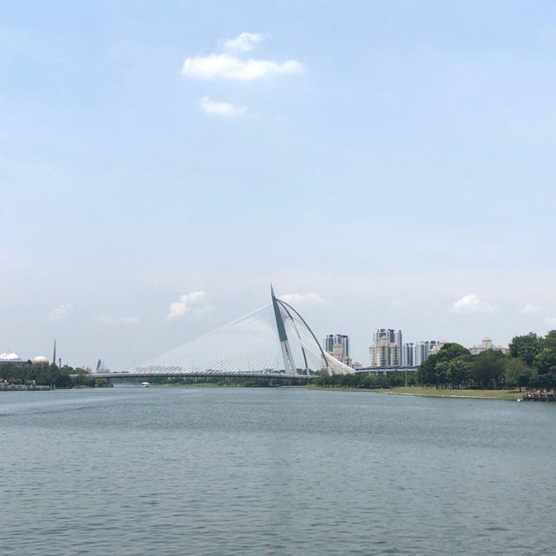 Putrajaya Lake (4).jpg