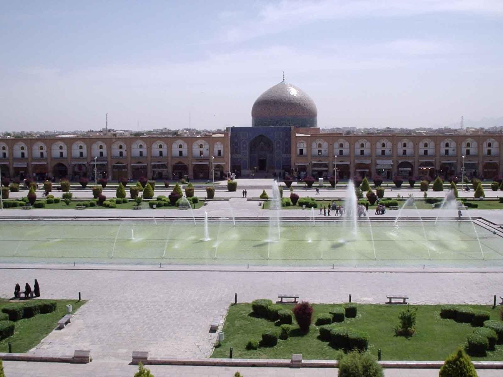 Naqshe Jahan Square (3).jpg