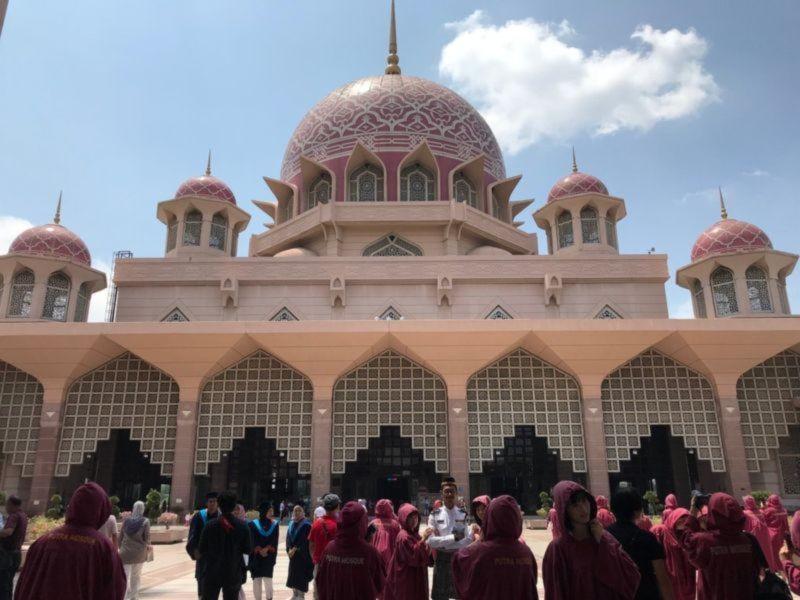 Putra Mosque (3).jpg