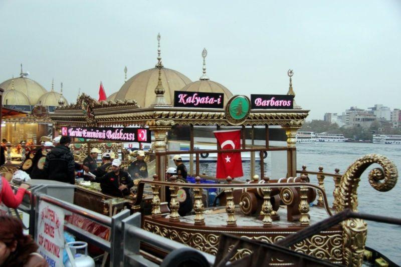 Eminonu Pier (5).jpg