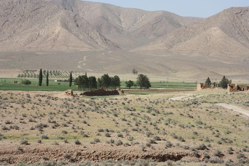 Runiz-e Sofla Village