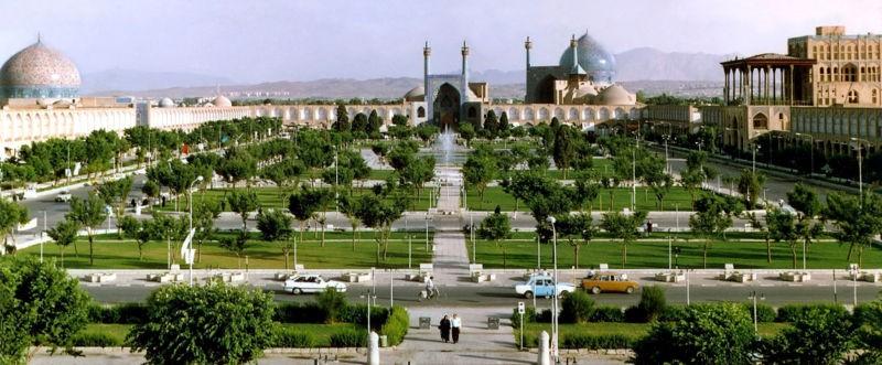 Naqshe Jahan Square (1).jpg