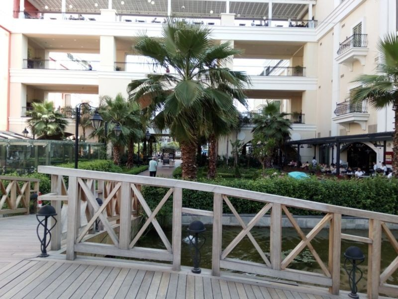 MaviBahce Shopping Center (3).jpg