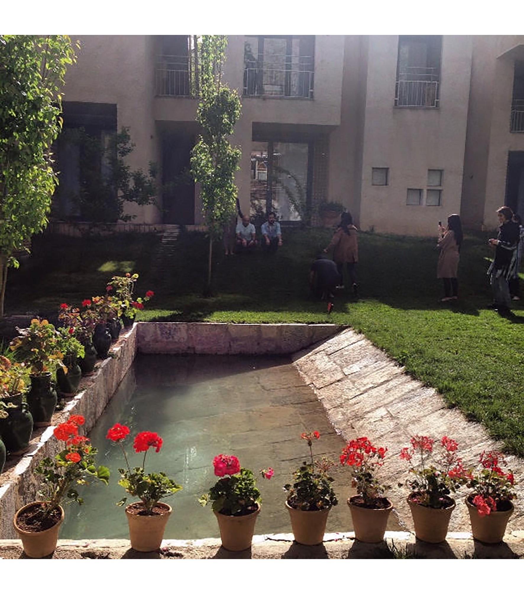 Pedari Guest House (3).jpg