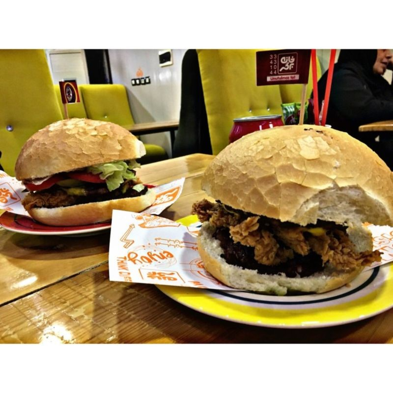Home Burger (3).jpg