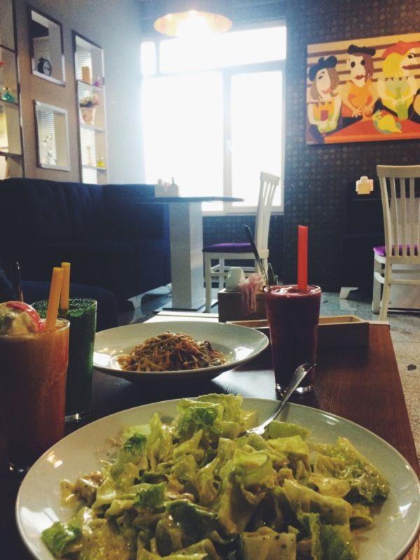 Adan Cafe (1).jpg