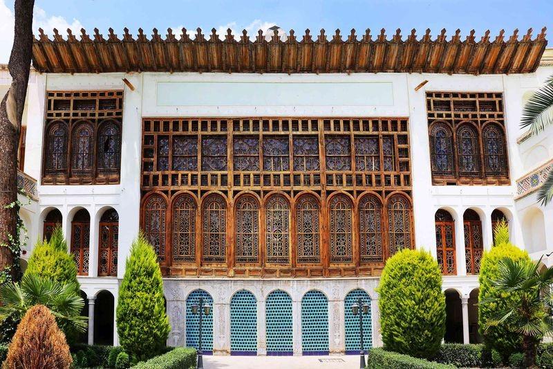 Moshir Almolk Historicl House-04.jpg