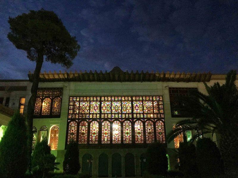 Moshir Almolk Historicl House-02.jpg