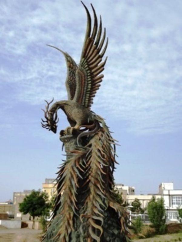 Statue of Simorgh (3).jpg