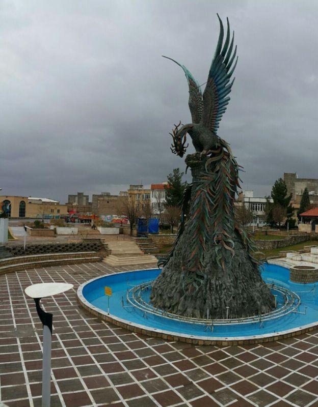 Statue of Simorgh (5).jpg
