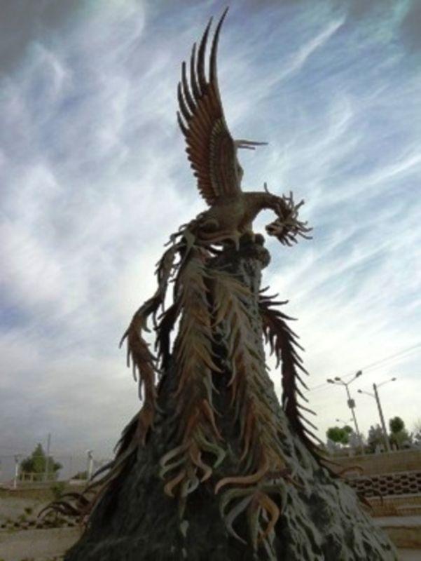 Statue of Simorgh (2).jpg