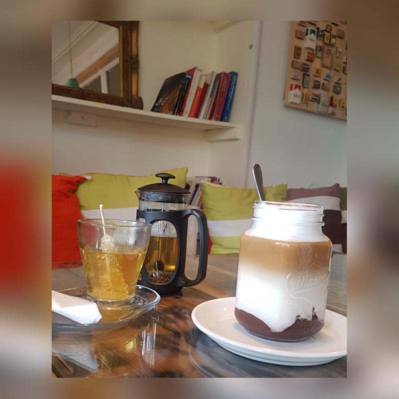 Zeytoon Cafe (3).png