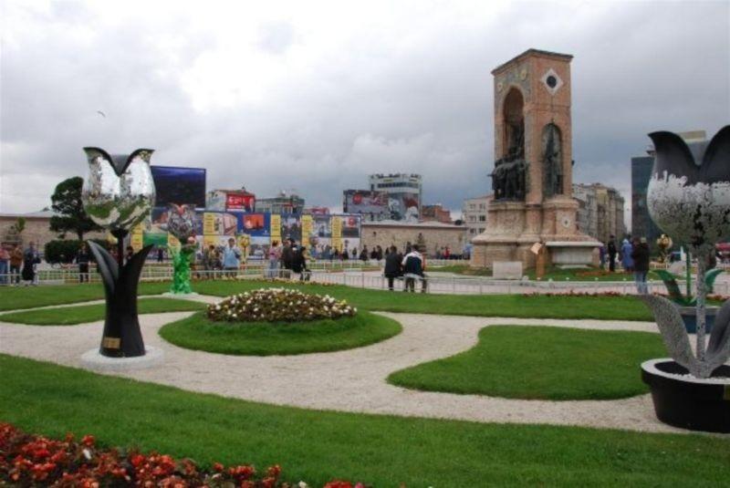 Taksim Square (5).jpg