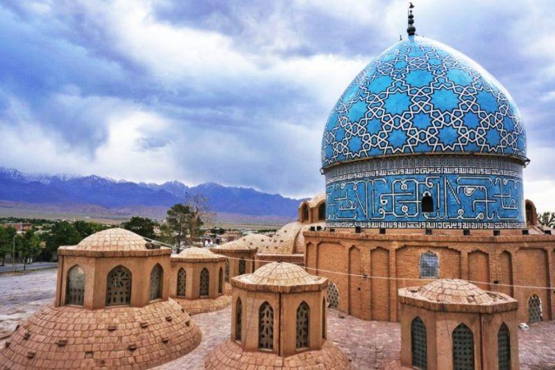 Aramgah-e Shah Nematollah Vali (2).jpg