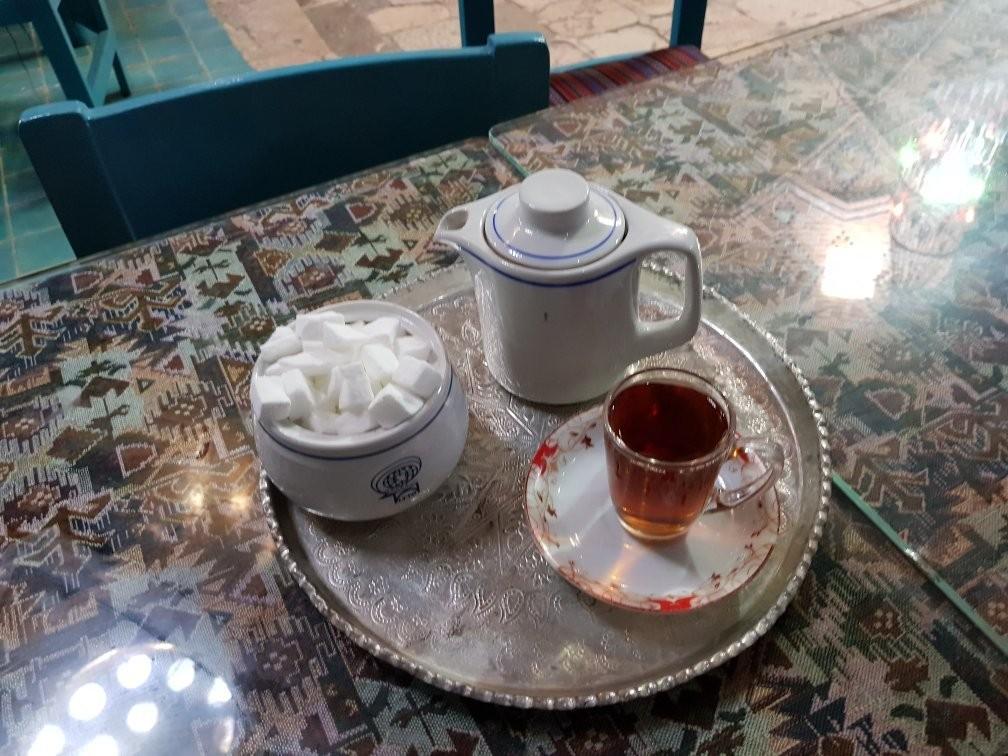 Vakil Tea House kerman (1).jpg