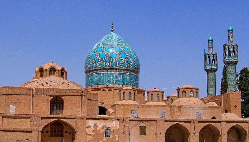 Aramgah-e Shah Nematollah Vali (7).jpg