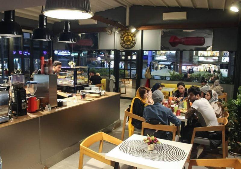 کافه رستوران لایم